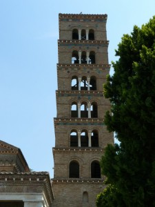 Il campanile di San Nilo