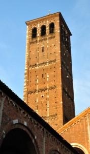 Il campanile dei canonici.