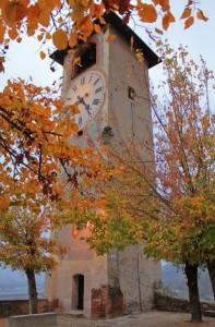 """L'autunno e """"Il Campanile delle ore"""" di Revello"""