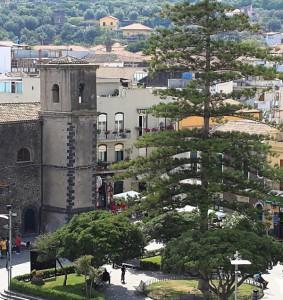 Il campanile in piazza