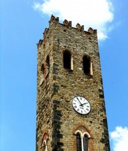 Campanile - Torre.  Chiesa di San Giovanni Battista (Monterosso al Mare)