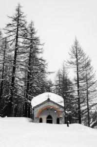 Una cappella nel bosco