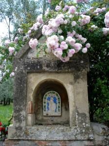 Madonna con le rose