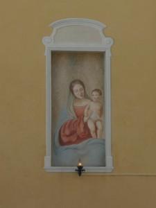 Una Madonna semplice