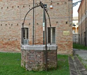 Il pozzo nel giardino del Chiostro di S.Francesco