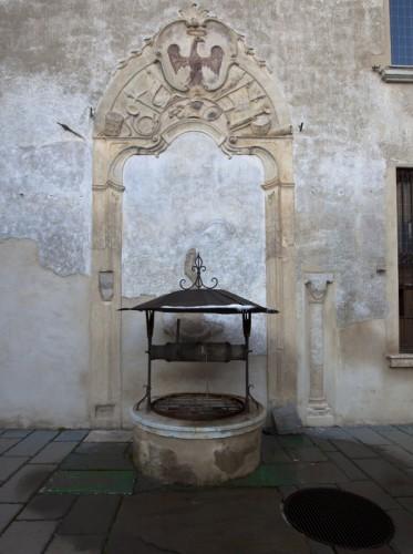 Borgo San Giacomo - Il pozzo del Castello