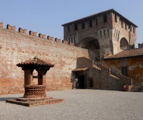 Soncino - Pozzo Medievale