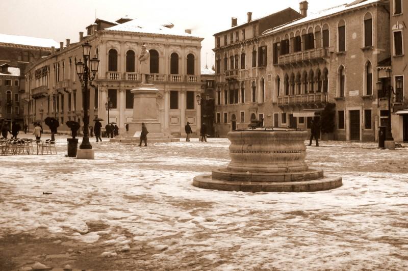 ''Neve in Campo Santo Stefano'' - Venezia