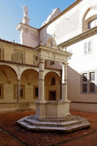 nel chiostro della Certosa di Pisa