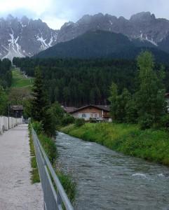Passeggiando longo il torrente