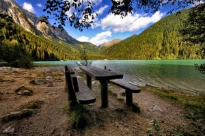 Pic - Nic in panchina sul Lago di Anterselva