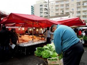 Venditore al mercato