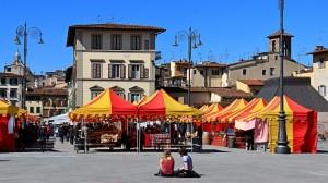 """Mercato in """"giallo-rosso"""""""