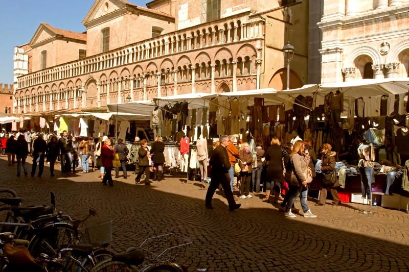 ''Al Marcà dàl Vènar'' - Ferrara