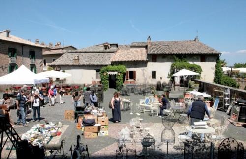 Orvieto - mercato delle pulci