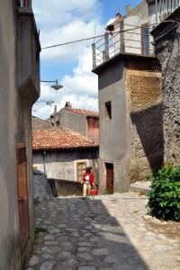 Via Mario Pagano al rione Castello
