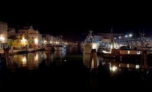 Notturno al porto