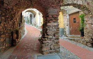 A spasso nel borgo antico