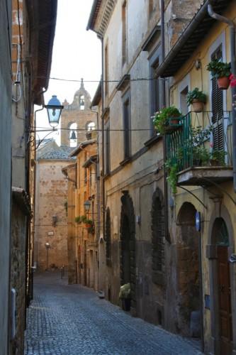 Orvieto - Eco di passi medievali sospesi nell'aria