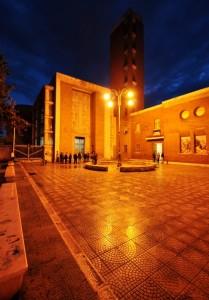Chiesa di San Michele Arcangelo nell'ora blu
