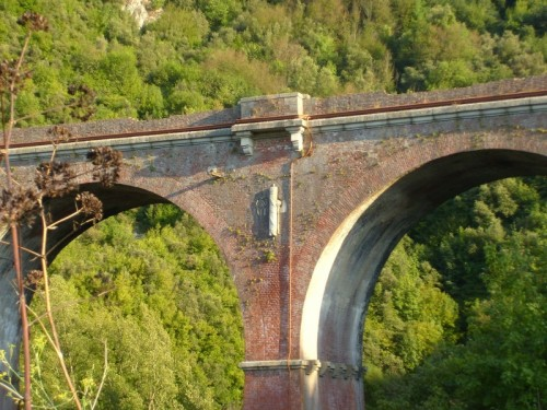 Centola - Il simbolo sul ponte