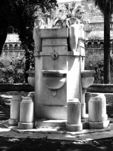 Fontana dell'acquedotto pugliese