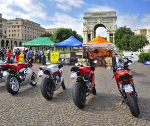 Moto in piazza