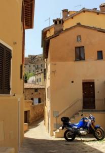 Tra i vicoli di Montepulciano