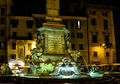 Roma - fontana by night.jpg